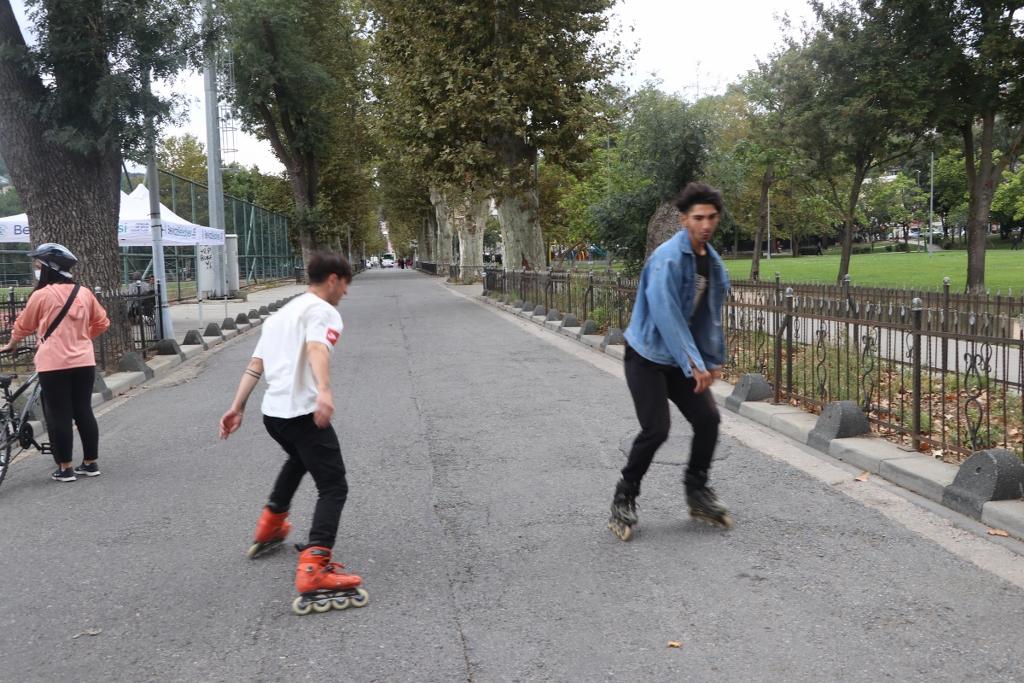 Beykoz'da Otomobilsiz Ve Hareketli Bir Gün Yaşandı