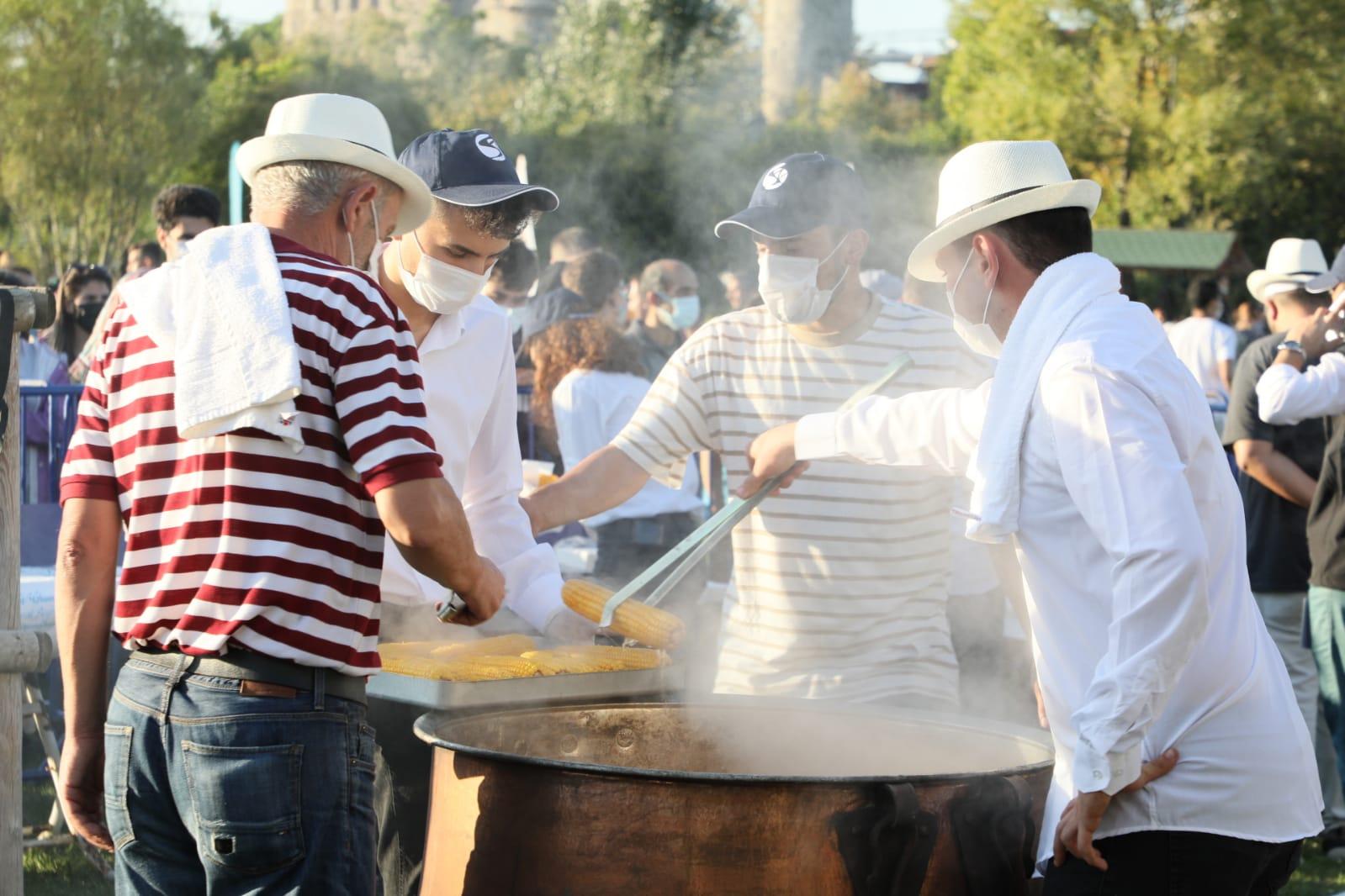 Tarihi Küçüksu Çayırı'nda Nostaljik Mısır Festivali