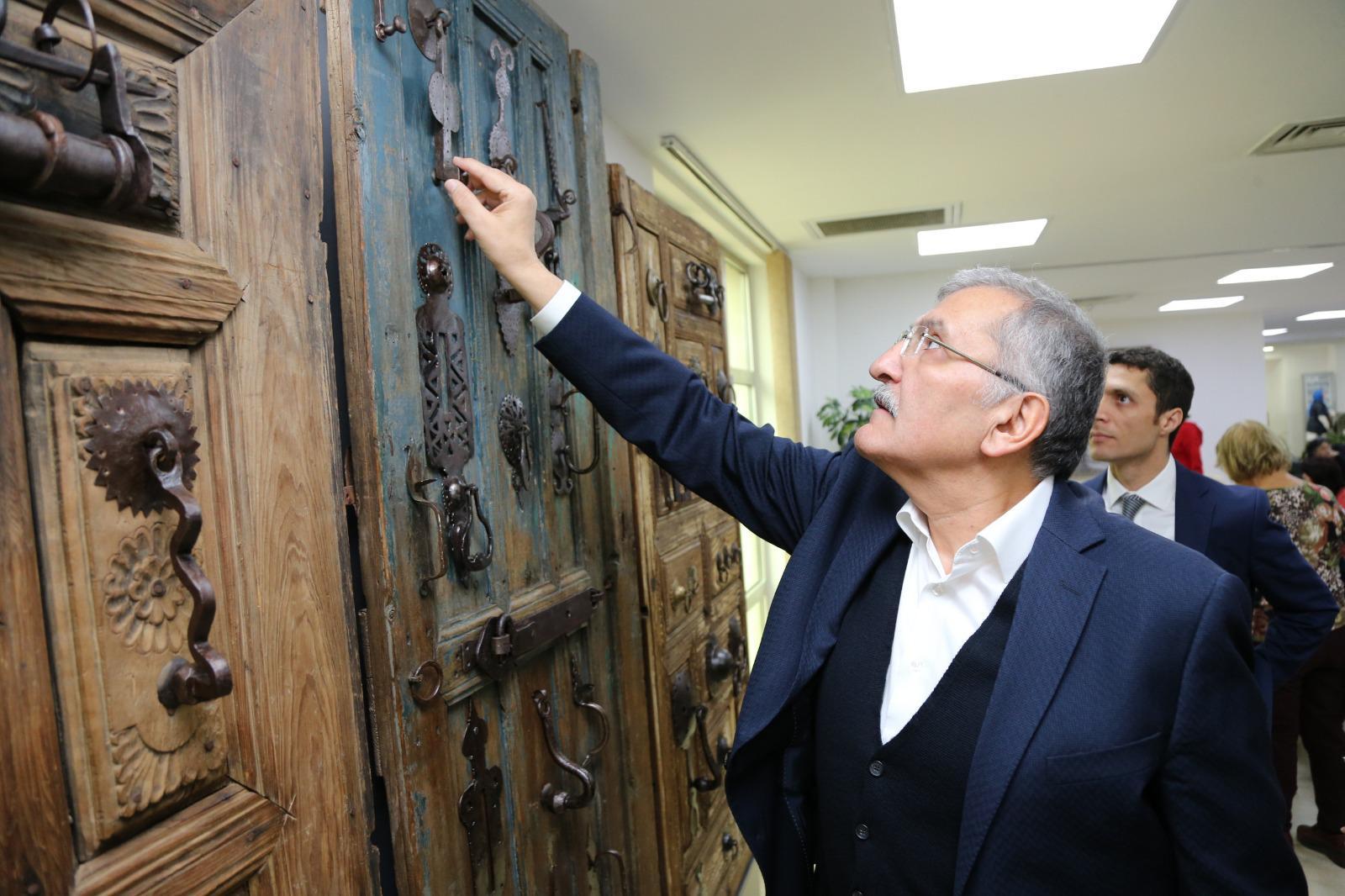 """Beykoz'da Sesten Öte """"Geleneksel Kapı Tokmakları Sergisi"""" Açıldı"""