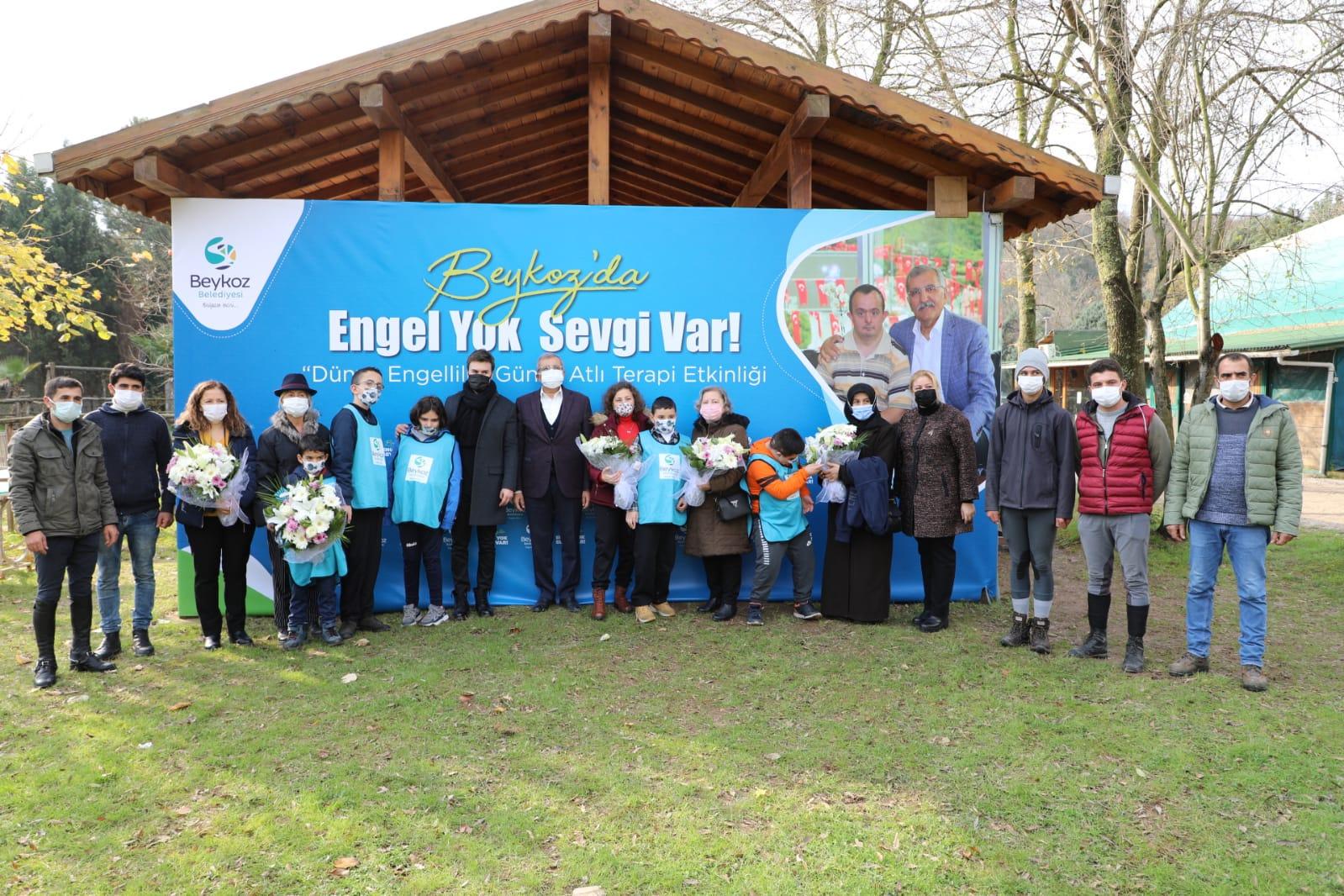 Otizmli Çocuklar Beykoz'da Mustafa Ceceli Ve Atla Terapiyle Buluştu